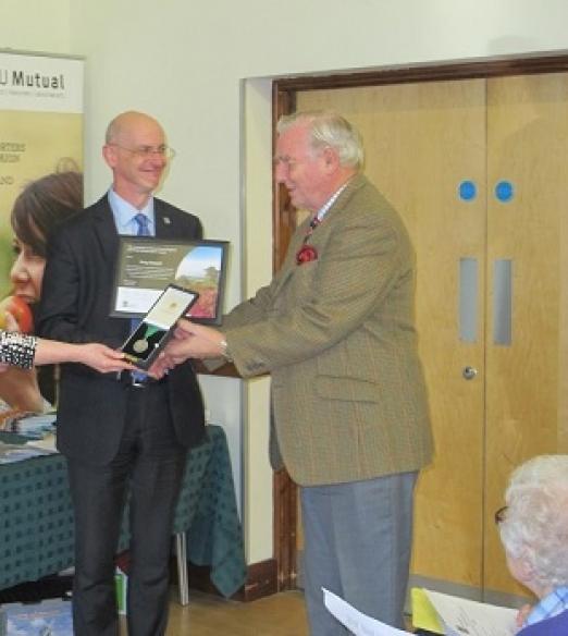 Terry Stewart receiving a life time achievement award from Shaun Spiers, Chief Executive of CPRE